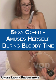 Sexy Co-ed - Amuses Self During Bloody Time Box Cover